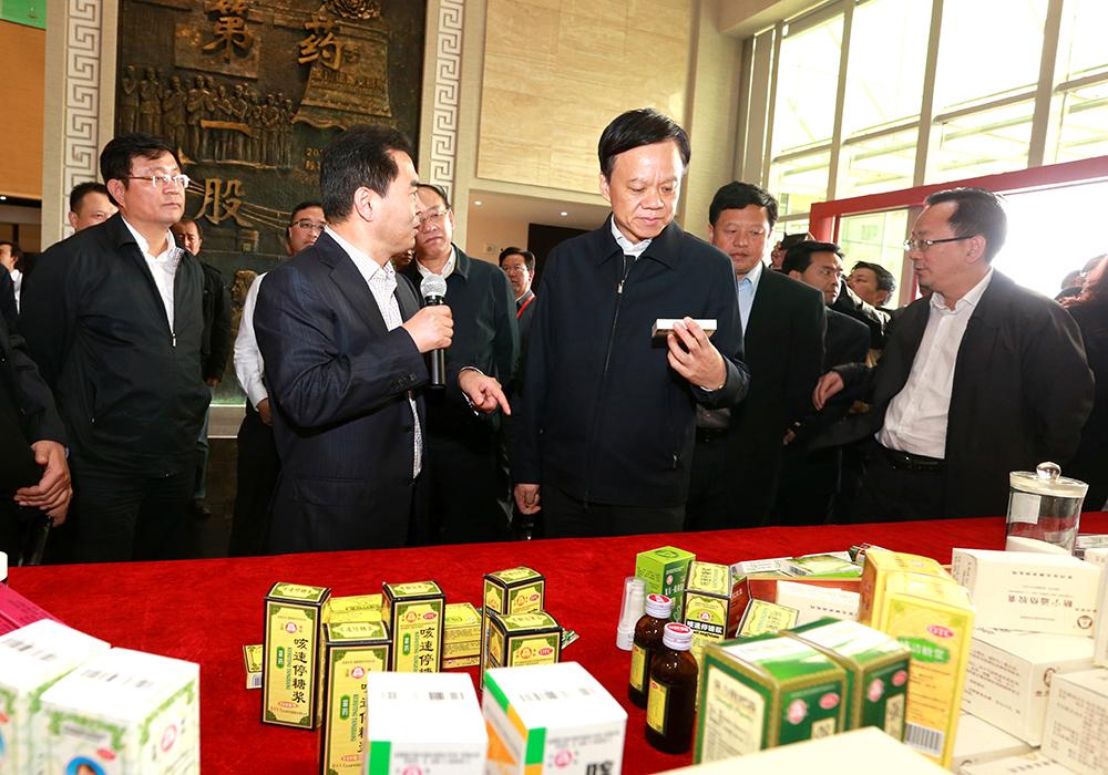 中共贵州省委书记陈敏尔在安顺考察